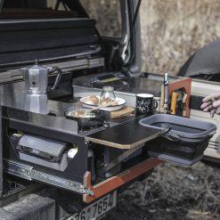 nestbox-supertramp-jeep-wrangler-küche